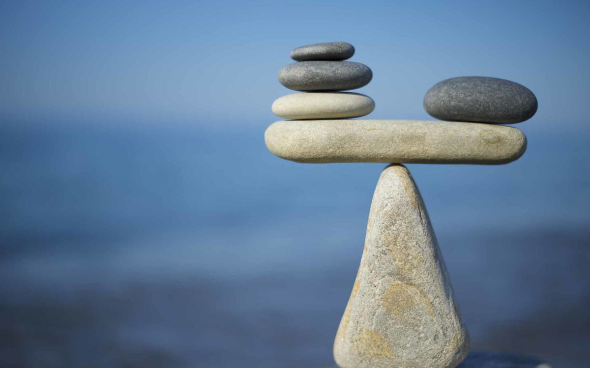 Stablecoins from A to Z: Are We Really Decentralized?